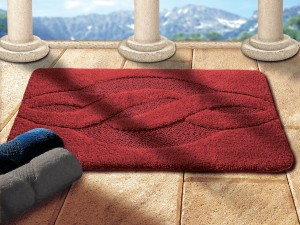 tapis de bain rouge