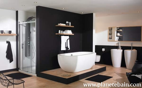 salle de bain noir et blanc id es et inspirations. Black Bedroom Furniture Sets. Home Design Ideas