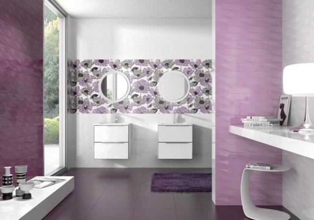salle de bain violette