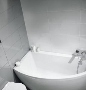 baignoire étroite