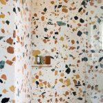 exemple de salle de bain en Terrazzo